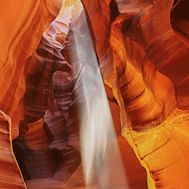 Antelope Canyon Spirit Light by Lawayne Kimbro - Landscapes Caves & Formations ( navajo, slot canyon, arizona, reservation, canyon, uac, antelope canyon, Earth, Light, Landscapes, Views )