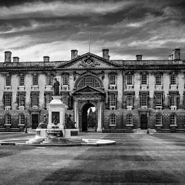 Oxford by Sue Niven - Buildings & Architecture Public & Historical ( university, building, uk, black and white, oxford )