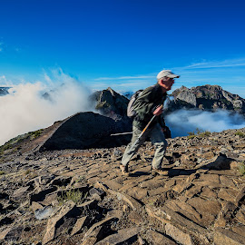 walking in the mountain by Francisco Correia - Sports & Fitness Other Sports ( walking, nature, madeira islands, sports, monuntain, walk )