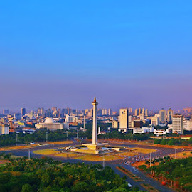 Monumen Nasional by Wawan Adi - City,  Street & Park  Historic Districts