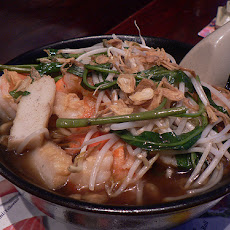 Tom Yum Goong (Spicy Thai Shrimp Soup)