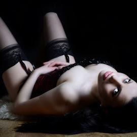 dark by Michal Zbojan - Nudes & Boudoir Boudoir