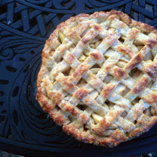 Gouda and Tart Apple Pie