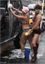Bikini Girls die sich so feucht machen schänden das Klima