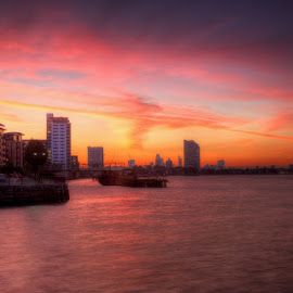 Greenwich Reach and Deptford by Bill Green - City,  Street & Park  Vistas ( london, deptford, the thames, greenwich )