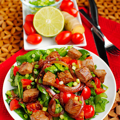 Sizzling Asian Steak Salad