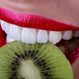 Take a bite... by Rui Isidro Falacho - Food & Drink Fruits & Vegetables ( estonia, fruit, bite, kiwi, kiwi fruit, seeds, arina kozachuk, teeth, veneers, , Food & Beverage, meal, Eat & Drink )