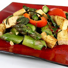 Thai-Style Basil Tofu and Asparagus