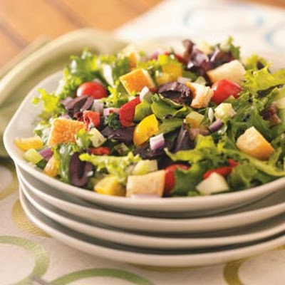 Tuscan Tossed Salad