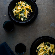 Creamy Kale Mac and Cheese