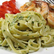 Fettuccine With Pesto Sauce