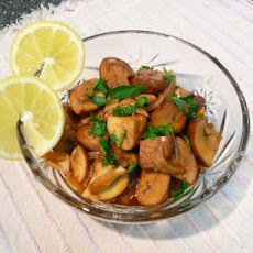 Champinones Al Ajillo - Tapas Style Garlic Mushrooms