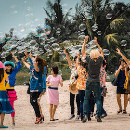Bubbles at the beach 3 by Varok Saurfang - People Family ( friends, family, play, bubbles, summer, fun, beach,  )