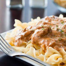 Beef Stroganoff Casserole with Ground Beef