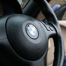 BMW logo by Jonathan Thomas - Transportation Automobiles ( coupe, e46, bmw, 3 series )
