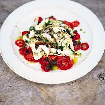 Fantastic Tomato & Fennel Salad With Flaked Barbecued Fish