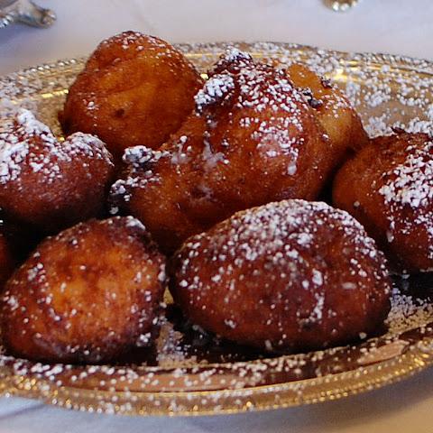 Smoked Mozzarella and Ricotta Fritters Recipe | Yummly