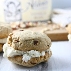 Pfeffernusse Ice Cream Sandwiches