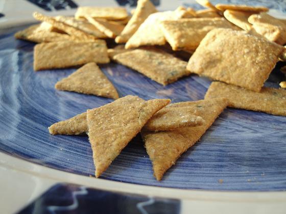 "Homemade ""Wheat Thins""-Style Crackers Recipe | Yummly"