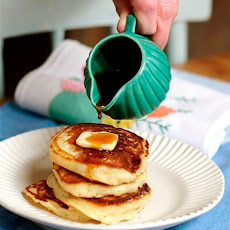 Lofty Buttermilk Pancakes