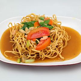 Chinese Food by Harjono Djukyanto - Food & Drink Plated Food