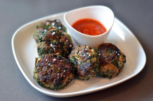 Green Sliders (Spinach, Mushroom, and Beef Mini Burgers) Recipe ...