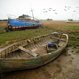 Decay. by Bob Rawlinson - Transportation Boats ( morecombe )