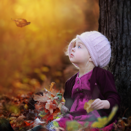 Emberlynn by Nellie Rafael - Babies & Children Child Portraits ( child, fall, leaves, light, colours )