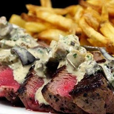 Grilled Filet Mignon with Gorgonzola Cream Sauce