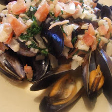 Mussels in Herbed Cream Sauce