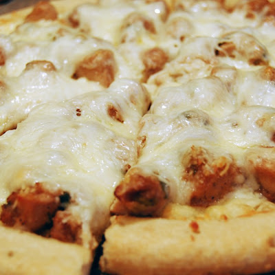 Spicy Garlic Chicken Pizza