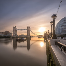London Bridge by Robert Gorski - City,  Street & Park  Skylines ( uk, tower, london, sunrise, city )
