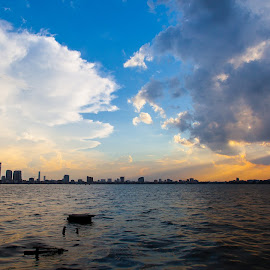 Storm is coming in West lake by Tuan MA - Landscapes Cloud Formations ( west lake, hanoi, cloud, storm, landscape )