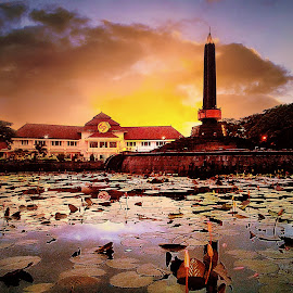 Malang City by Roni  Kurniawan - Buildings & Architecture Statues & Monuments ( sony, xperia, android, indonesia, eastjava, phonegraphy )
