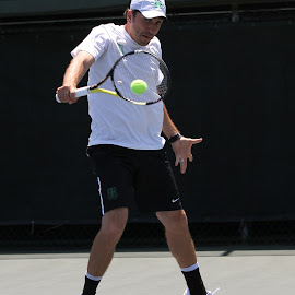 backhand return by Ron Tong - Sports & Fitness Tennis ( fitness, sports, exercise, tennis )