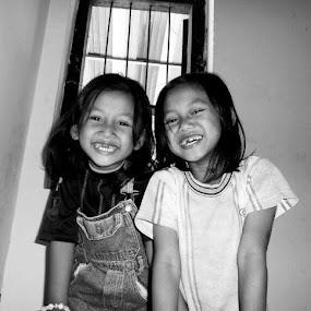 Smile.. by Dwi Ratna Miranti - Babies & Children Child Portraits