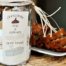 Oatmeal Chocolate Chip Quick Bread {In a Jar!}