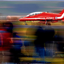 by Sandy Crowe - Transportation Airplanes ( red arrows )