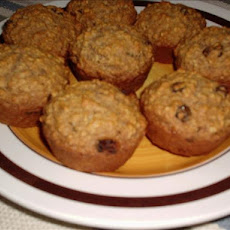 Healthy Oatmeal Raisin Muffins