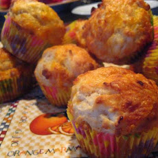 Apple and Cheddar Cheese Muffins