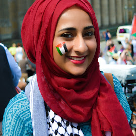 Support for Palestine Protest in Edinburgh city centre 26th of July 2014 by Lyndsay Hepburn - News & Events World Events ( israelkillschildren, palestinianprotest, beautifulgirlatpalestineprotest, edinburghsupportspalestine, lossoflife )