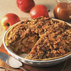 Caramel Cream Apple Crunch Pie