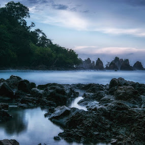 The Misty Island by Rendy Yuninta - Landscapes Beaches ( teluk kiluan, indonesia, landscape photography, lampung )