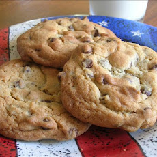 Big Chocolate Chip Cookies
