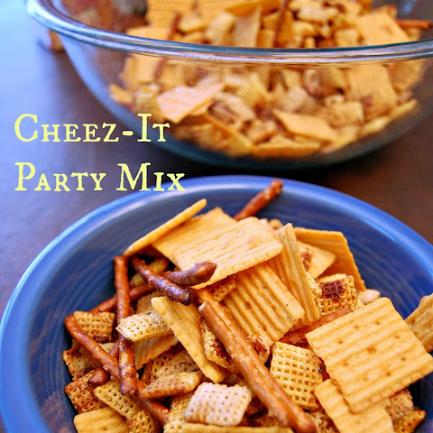 #Crunchd Cheez-It Party Mix