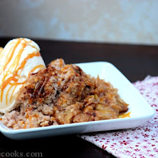 Slow Cooker Caramel Apple Crisp