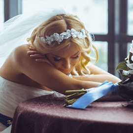 Sleeping time by Vitaly Petrishin - Wedding Bride ( sony, ivano-frankivsk, wedding, a57, bride )