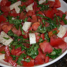 Tomato and Fresh Mozzarella Salad With Basil