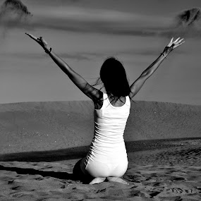 Me and desert sand....... :-) by Ana Wisniewska - Black & White Portraits & People (  )