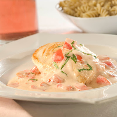 Chicken Alfredo With Plum Tomatoes